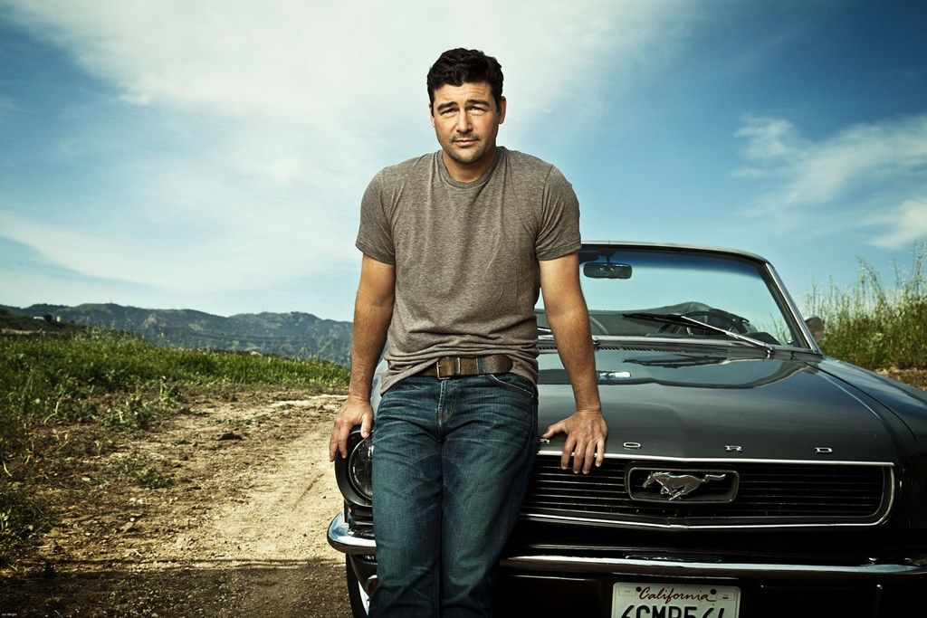 Behind the Scenes of Kyle Chandler's Men's Journal Cover Shoot